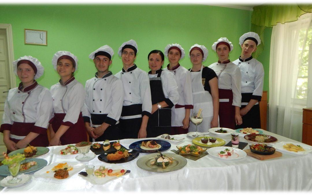 Кухарі 32 групи творять дива